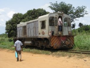 Nuevo motor de ferrocarril SACM UD30V12R5 LE