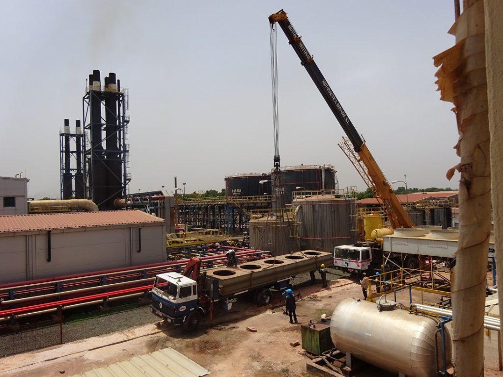 Dismantling of heat exchanger during 2018 in Bamako.